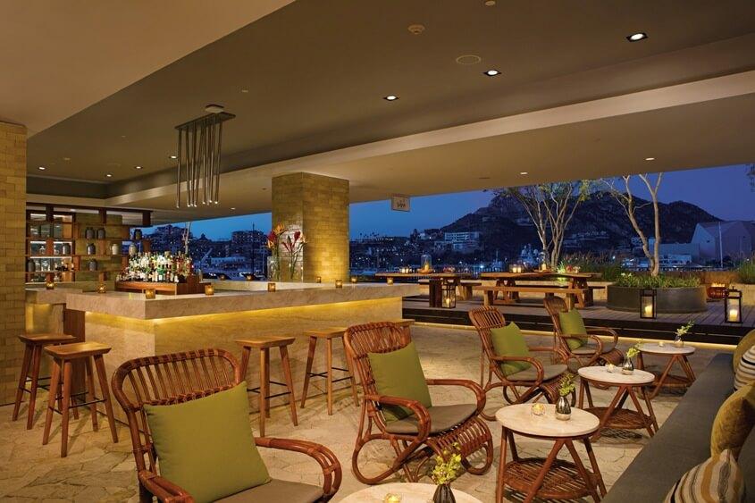 Bar en el lobby