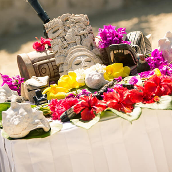 Mesa para una ceremonia maya
