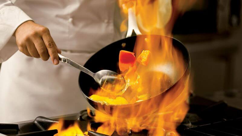 cooking pan with flames