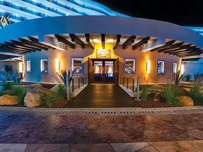 Cantina La Barrita de en Medio Restaurant Bar Palacio Mundo Imperial