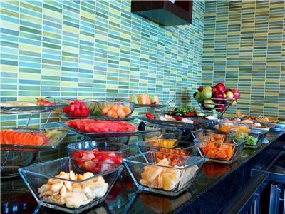 Executive Lounge - Breakfast