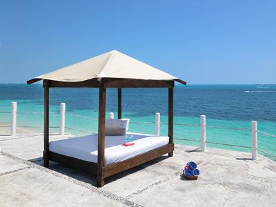 Bed Balinese