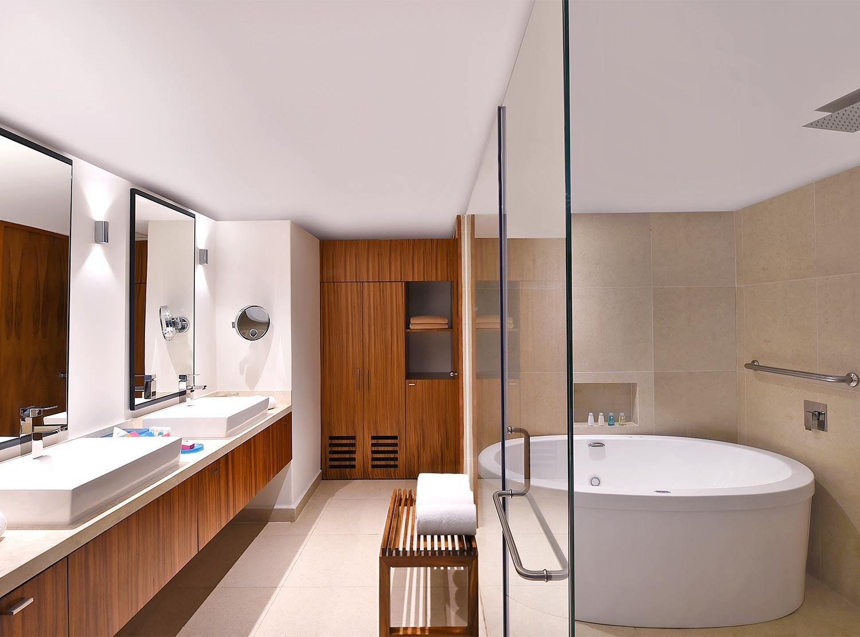 Premium Master Suite