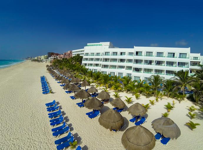 Flamingo Cancún Resort