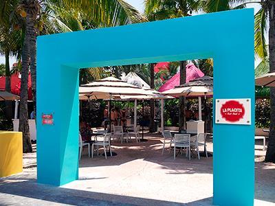 La Placita restaurants area