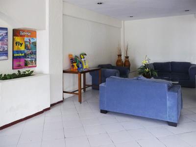 Lobby - Alternate View