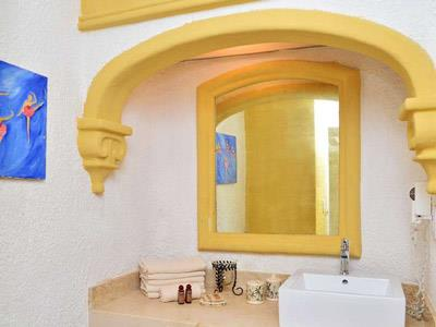 Standard - Bathroom