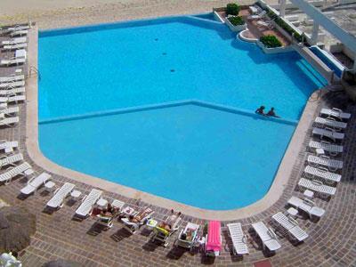 Pool - Superior View