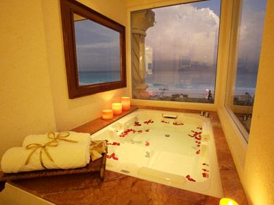 Zilara Ocean View Swim Up Suite King  - Jacuzzi