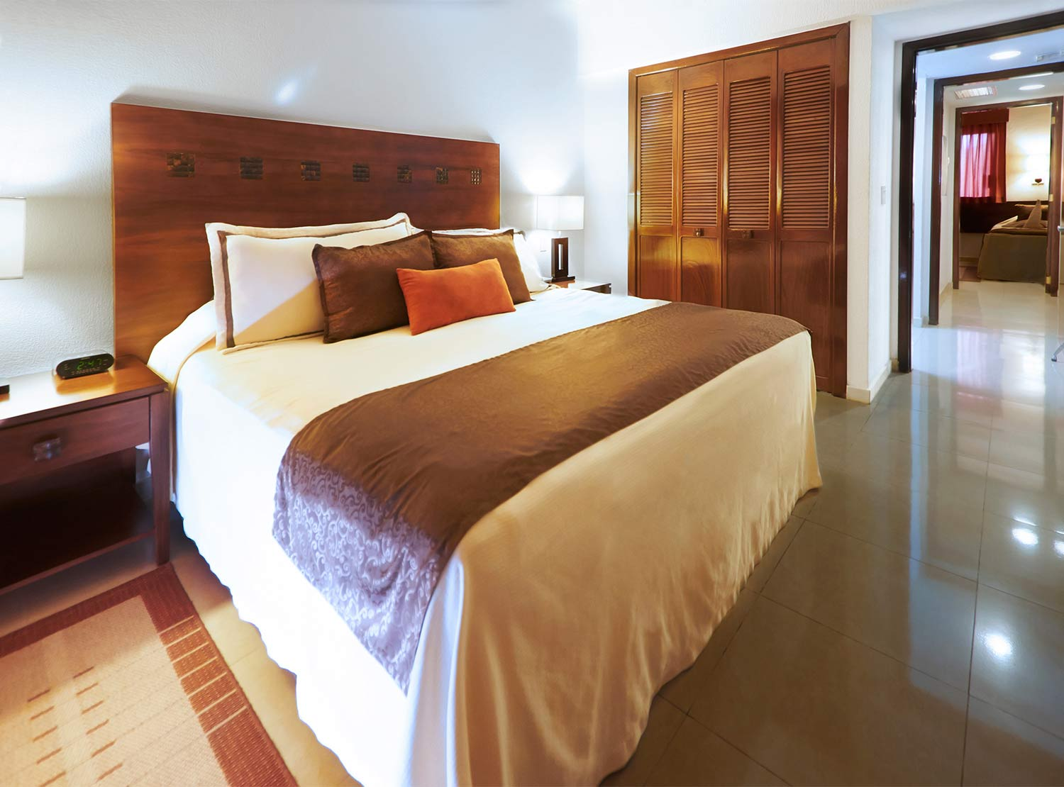 The Royal Cancun All Suites Resort Deal Rooms From 8 545 Hotel In Cancun Hotel Zone