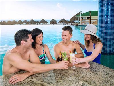Pool Bar Aqua