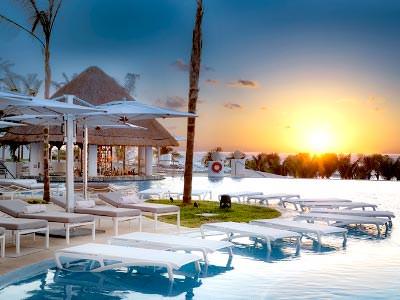Bar Blanc Sol Le Blanc Spa Resort