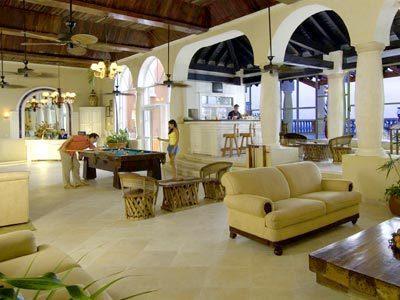 Lounge Terraza Bar
