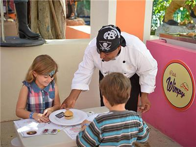 Piratas del Caribe Kids Plaza Restaurant