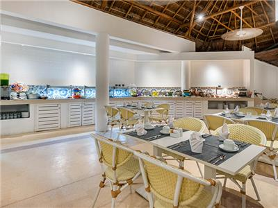 Restaurante Piña Colada
