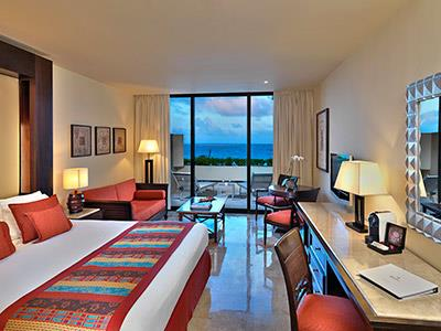 Junior Suite Royal Service Lagoon View