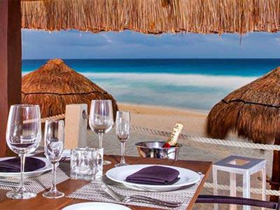 Romantic Dinner in the beach