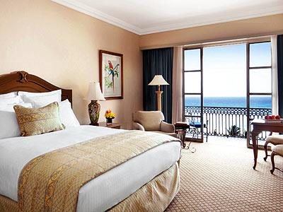 Club Ocean Front King Guestroom