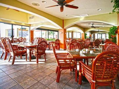 Tradewinds Restaurant The Royal Islander An All Suites Resort Cancun Hotel Zone Caribbean
