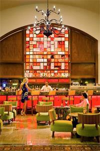 Las Ventanas Lobby Bar