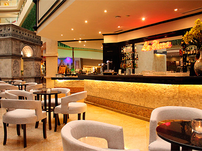 La Barra Bar Seadust Cancun Family Resort