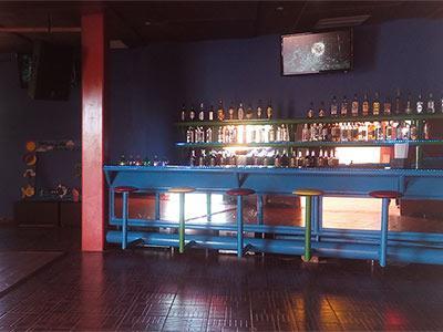 Bar Disco & Salón de Juegos