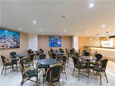 Lobby Bar Seadust Cancun Family Resort