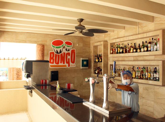 Bar Bongo Seadust Cancun Family Resort