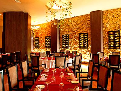 Big Ben Steak House Restaurant Seadust Cancun Family Resort