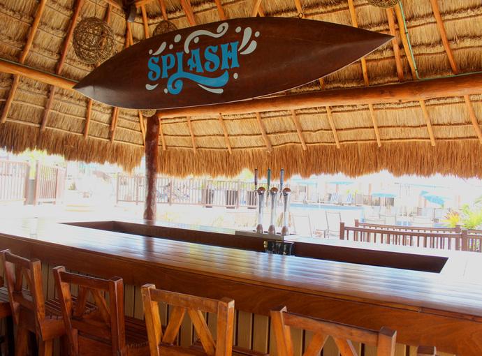 Splash Bar Seadust Cancun Family Resort