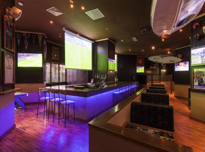 Touchdown Sport Bar Seadust Cancun Family Resort