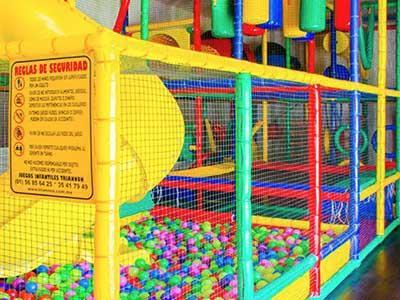 Área de Juegos Infantiles