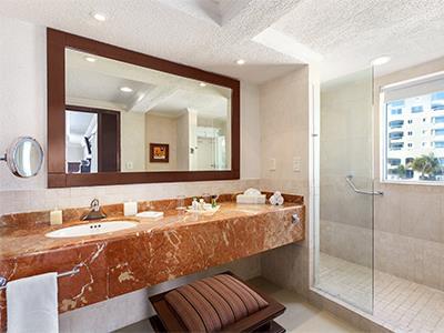 Gran Master Suite Ocean Front - Bathroom