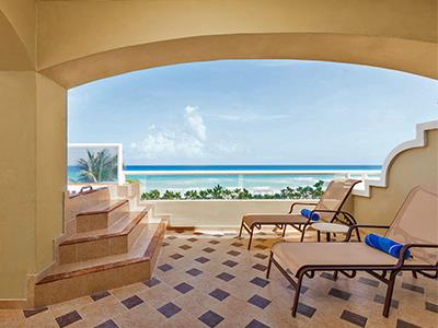 Gran Master Suite Ocean Front - Terrace