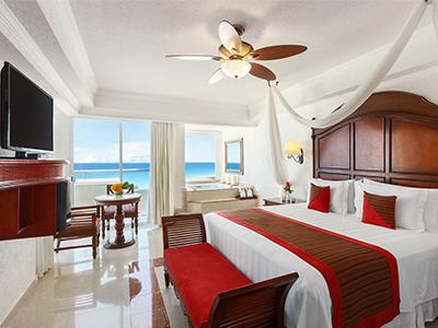 Gran Master One Bedroom Suite Ocean View