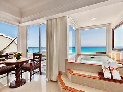 Gran Master One Bedroom Suite Ocean View - Jacuzzi