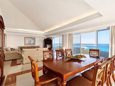 Gran Presidential Suite Ocean View or Ocean Front - Dinning room