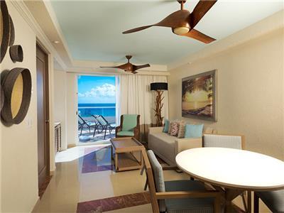 Grand Master Suite Ocean Front - Área de Estar