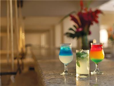 Las Olas Bar