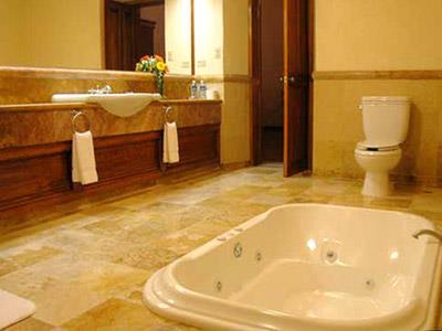 Ghirlandaio - Bathroom