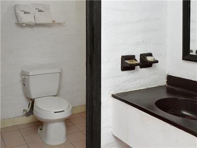 Economic Room - Bathroom