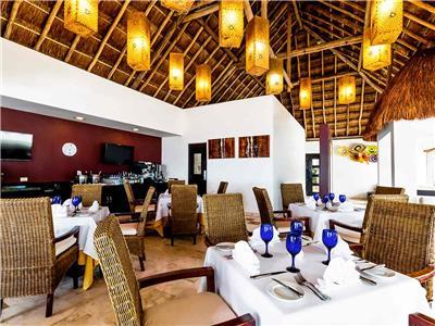 La Huerta Restaurant