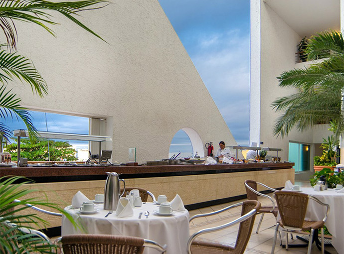 Photos and pictures of hotel casa mexicana cozumel for Terrazas mexicanas