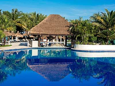 Pool Bar La Perla