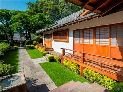 Sumiya Restaurant - Outside