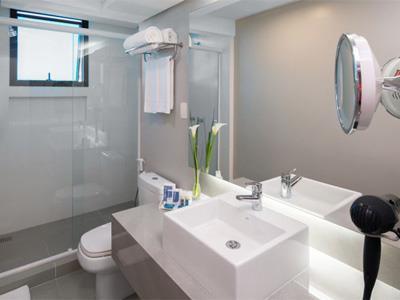 Apartamento Standard - Banheiro