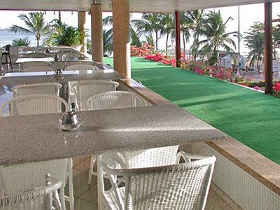 Restaurante com Terraço - Outra Vista