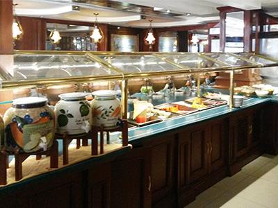 Claro de Luna Restaurant Buffet