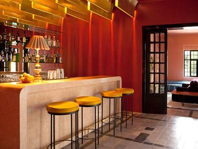 Fotograf as del hotel casa fayette for Nebulizadores para terrazas de bares