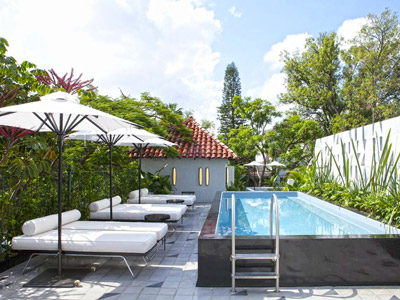 Fotograf as del hotel casa fayette for Hoteles con piscina en guadalajara